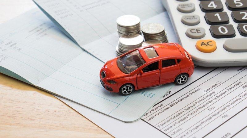 自動車保険の返金は月割りじゃない